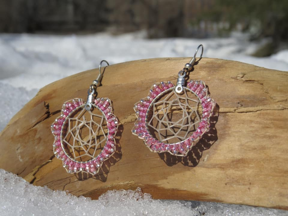 Tanya Keech, Homespun Naturals by Tanya, dreamcatchers, beadwork, Indigenous artist, first nations, craft maker, crafts, indigenous arts collective of canada, pass the feather.